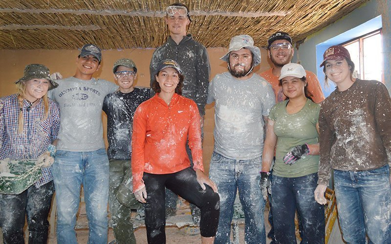 Volunteer in Construction in Costa Rica