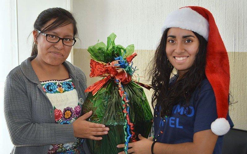 Christmas Volunteer Program in Guatemala